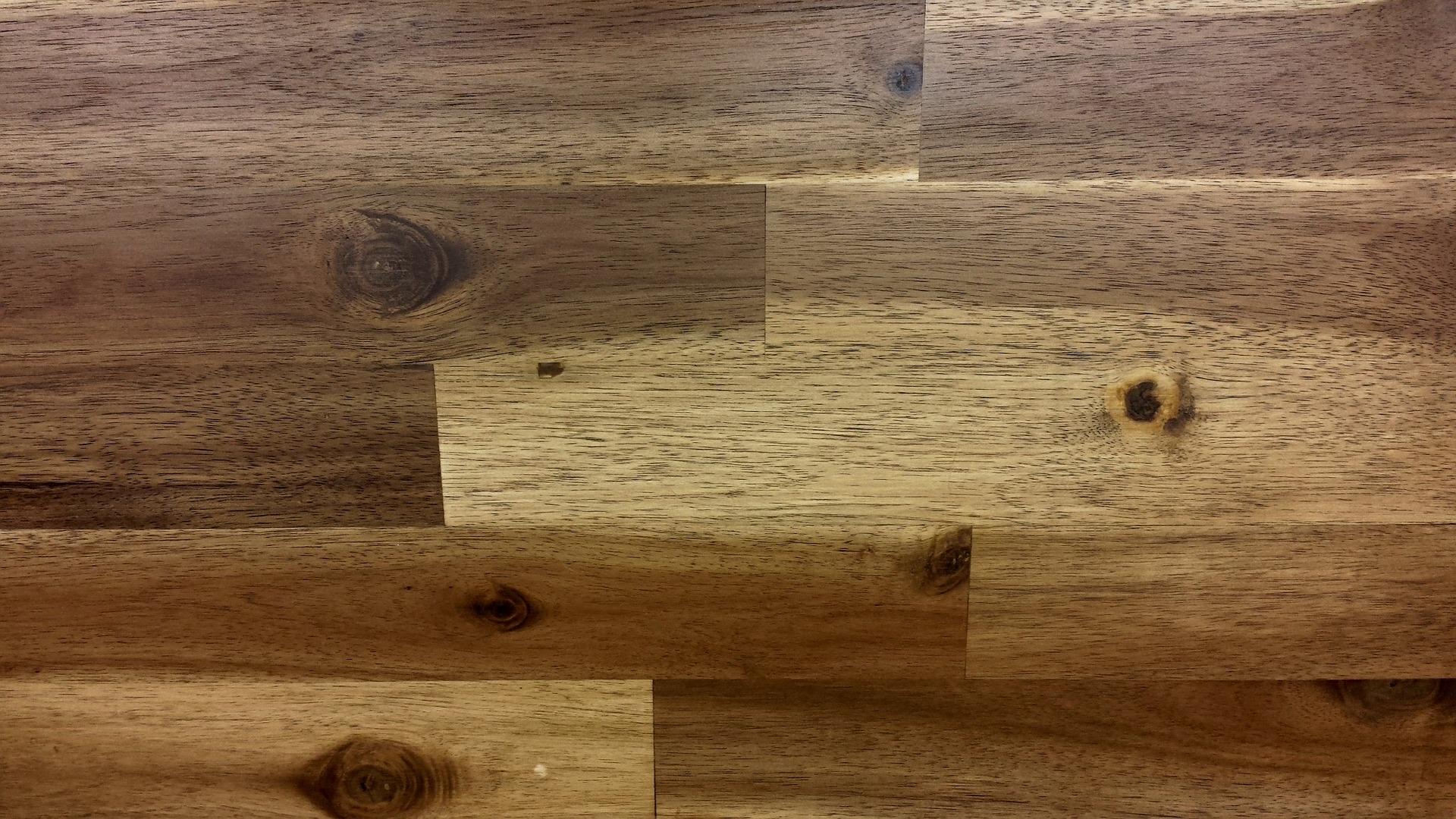 How to Keep Laminate Floors Looking Their Best